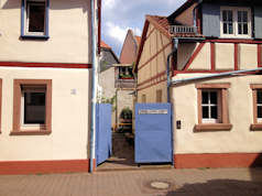 privatzimmer in frankfurt am main fechenheim 140065. Black Bedroom Furniture Sets. Home Design Ideas